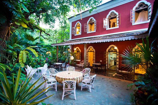 Marbella guest house sinquerim north goa - Guest house in goa with swimming pool ...